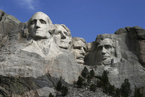 Dean_Franklin_-_06_04_03_Mount_Rushmore_Monument_(by-sa)-3_new